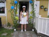 Ebba redo för studentfesten.
